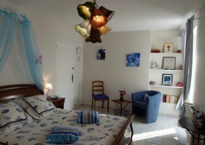 Chambre-lAuthentique-8-Le-Bois-Bras-ST-CAST-400x284